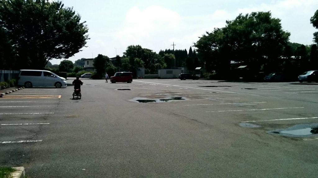 小春日和駐車場